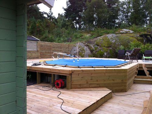 staket runt pool
